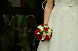 Suknia ślubna – nowa czy używana