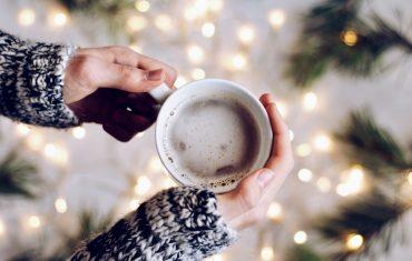 Kawa świeżo palona – czym się charakteryzuje